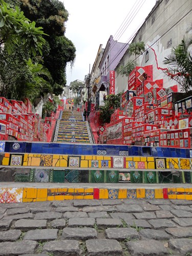 And this is how a stair way to Heaven looks like. Rio style.